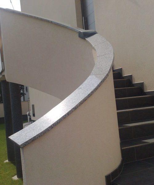 Fliesen-Alberto_Bergisch-Gladbach_Eingangsbereiche_Treppenbau (13)